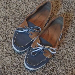 Boat shoes- Croft and Barrow